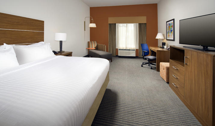 Holiday Inn Express Bay City