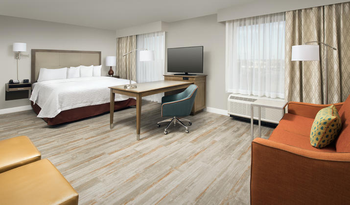 Hampton Inn & Suites San Antonio Lackland AFB SeaWorld