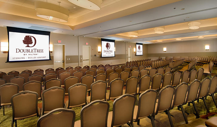 DoubleTree by Hilton Hotel Sterling – Dulles Airport