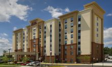Hampton Inn & Suites Seven Corners – 160 rooms