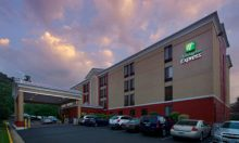 Holiday Inn Express Fairfax – 79 Rooms